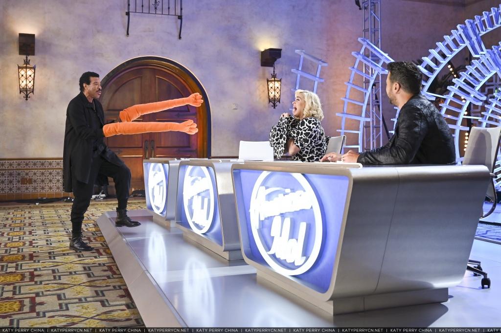 美国偶像 第四季首播集剧照 S04E01 - 2021年2月14日播出