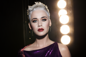 Katy Perry 发布新款COVERGIRL合作 Katy Kat Wink Collection