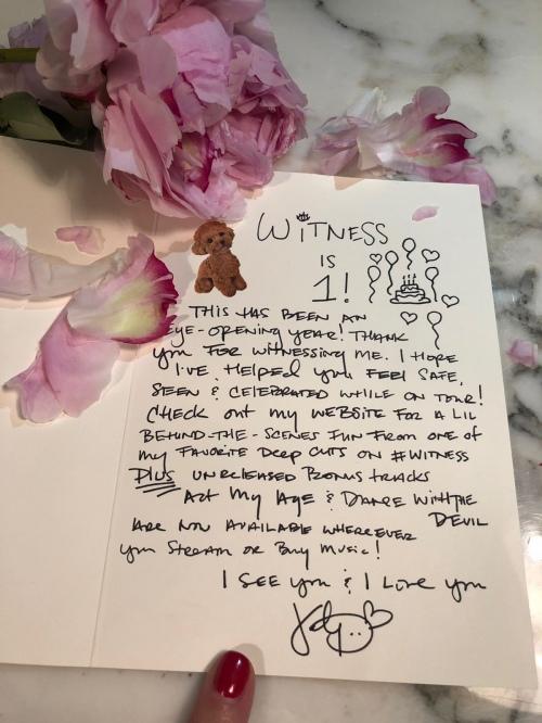 Katy Perry 给粉丝的一封信