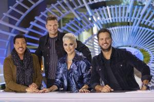 """ABC """"American Idol"""" 第二季 宣传照"""