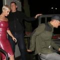 Katy Perry 和 Orlando Bloom 一起离开Katy的生日派对