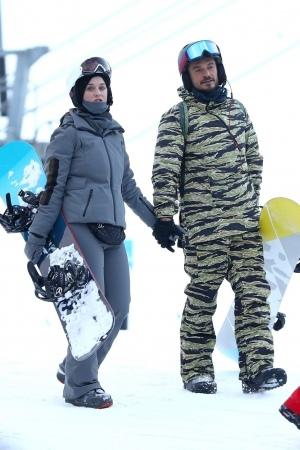 Katy Perry 和 Orlando Bloom 阿斯潘云9滑雪