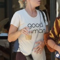Katy Perry 在洛杉矶做完瑜伽之后手拿冰咖啡出门 - 2019年8月5日街拍