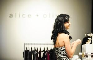 Katy Perry 在Alice + Olivia购物 - 2009年9月14日街拍