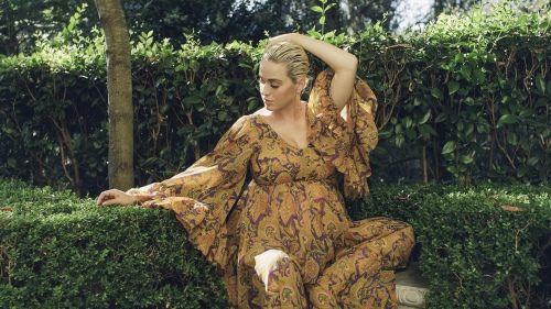"The Sunday Times Style专访Katy Perry:""无条件的爱拯救了我"""