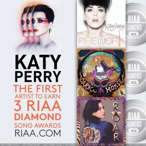Katy Perry 成为全美国第一位拥有3张钻石销量单曲的歌手