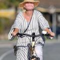 Katy Perry 和 Orlando Bloom 在圣巴巴拉外出骑自行车 - 2021年4月8日