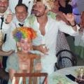 "Katy Perry和Orlando Bloom在""Taverna Anema e Core""夜店饮酒唱K"