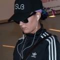 Katy Perry 与宠物狗Butters 在洛杉矶国际机场
