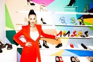 Glamour 独家采访 Katy Perry 新个人鞋牌