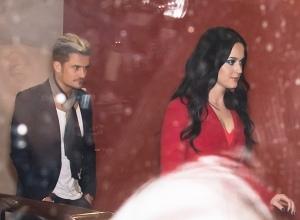 Katy Perry 和 Orlando Bloom 离开费城Vedge Restaurant