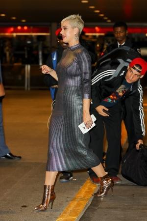 Katy Perry 离开美国偶像纽约海选现场 - 2017年10月4日街拍