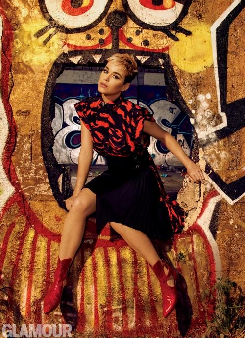 """Katy Perry:""""我不想让童年阴影再困扰我"""""""